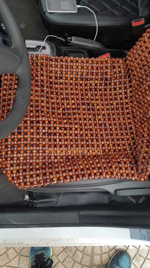 dem-ghe-van-phong-bang-hat-go-huong-thoang-mat-hat-12cm-45cmx45cm003a