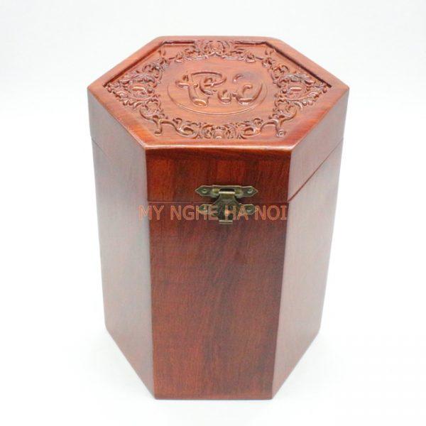 hop-tra-go-huong-duc-chu-phuc-001-MNHN