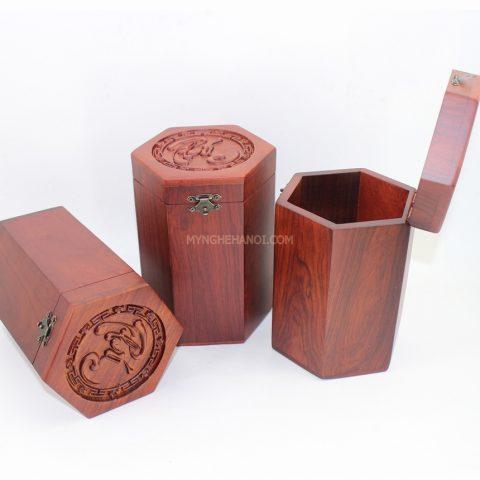 hop-dung-tra-bang-go-huong-mat-duc-chu-phuc-17325